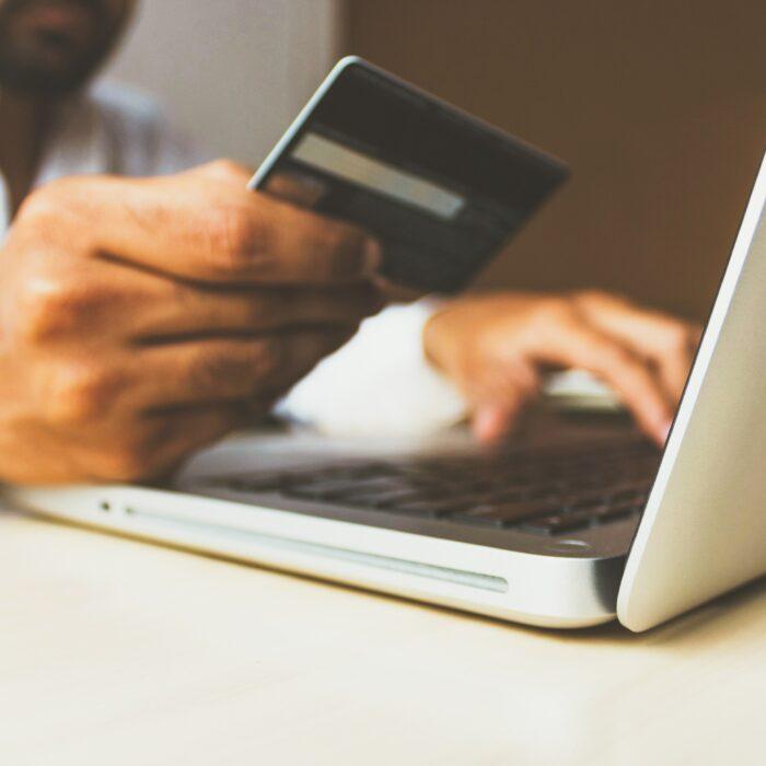 Eshop: 3 λόγοι για να επενδύσεις σε αυτό σαν μικρομεσαία επιχείρηση